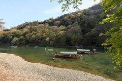 Bootfahrt in Arashiyama Stockfotografie
