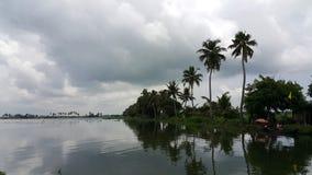 Bootfahrt in Azhapuzha stockbild