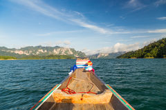 Bootfahrt im Reservoir Lizenzfreie Stockbilder