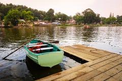 Bootfahrt im Yercaud See, Tamil Nadu Lizenzfreie Stockfotos