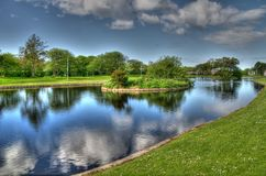 Bootfahrt-Teich in Schottland lizenzfreie stockbilder