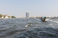 Bootreis op de Chao Phraya-rivier Stock Foto