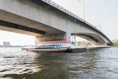 Bootreis op de Chao Phraya-rivier Royalty-vrije Stock Foto's