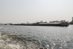 Bootreis op de Chao Phraya-rivier Royalty-vrije Stock Afbeeldingen