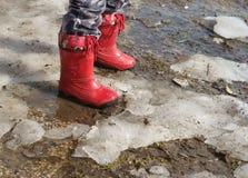 boots ноги s ребенка Стоковое Изображение RF