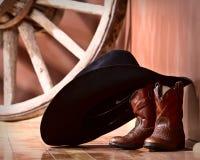 boots полагаться шлема ковбоя Стоковая Фотография