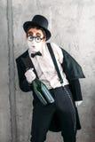 Boots acteur na die een dronken mens uitvoeren Royalty-vrije Stock Foto