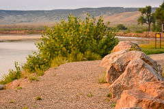 Boots-Produkteinführungs-Bereich auf Yampa-Fluss, Rotwild-Häuschen-Park in Colorado Stockbild