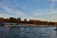 Bootsausflug auf der Seine in Paris, Frankreich stockfotografie
