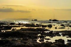 Bootsfloss auf dem Meer Stockbild