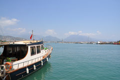 Bootsflotte am Hafen Stockfotografie