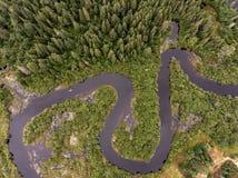 Bootsfluss-Vogelaugenansicht des Kanus des wilden aearial Ansichtkajaks Forest Canadas adert Kayak fahrende canoeing Mutter Natur Lizenzfreie Stockfotografie