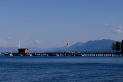 Bootshaus auf Lake Tahoe Lizenzfreie Stockfotografie