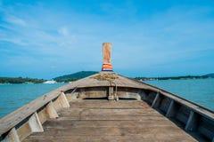 Bootsköpfe zur Insel Stockfotografie