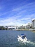 Bootskopftext für eine Brücke Stockfotos