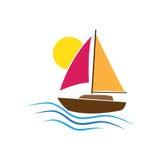 Bootslogo-Vektorillustration lokalisiert auf weißem Hintergrund Sun bewegt Seeozean wellenartig Rosa orange blaues Gelb Stockfotografie