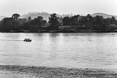 Bootssegeln auf dem Mekong Lizenzfreies Stockbild