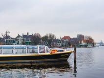 Bootvervoer in Zaanse Schans stock fotografie