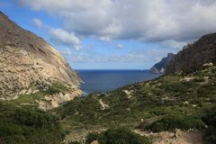 Boquer dal på Majorca royaltyfri bild