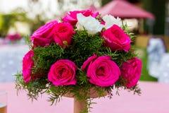 Boquet de rose de blanc et de rose Photos libres de droits