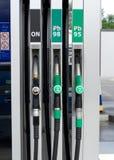 Boquillas de la gasolinera Fotografía de archivo libre de regalías