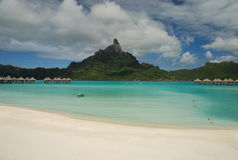 Bora Bora. Lagoa e mont Otemanu Imagem de Stock Royalty Free