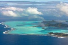 Bora-bora Französisch-Polynesien-Luftflugzeugansicht stockbilder