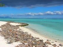 bora Polynésie française de plage rocheuse photographie stock