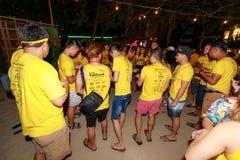 Boracay Pubcrawl, partie de nuit faisant l'ami à Boracay Photo stock