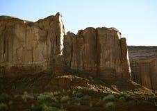 Bord de falaise de roche de temps images stock