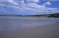 Bord de la mer d'un paradis de vague déferlante Photos libres de droits