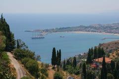 Bord de la mer de la ville de Taormina, Sicile Images stock