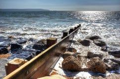 Bord de la mer Groyne Image stock