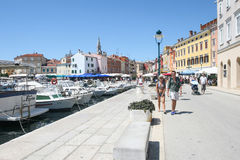 Bord de mer dans Rovinj Photo stock