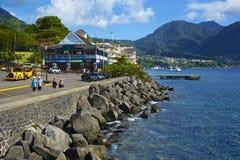 Bord de mer de Roseau en Dominique, des Caraïbes Images stock