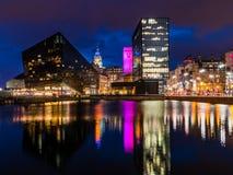 Bord de mer de Liverpool la nuit, Albert Dock photographie stock