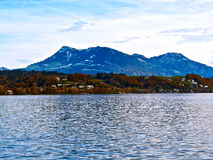 Bord du lac en luzerne, Suisse Photo stock