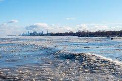 Bord du lac et horizon de Chicago en hiver avec 20 au-dessous de la température images stock
