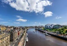 Bord du quai de Newcastle sur Tyne River photographie stock