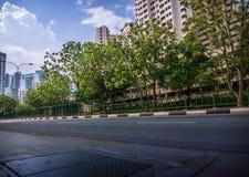 Borda da estrada ao longo do apartamento residencial público do alojamento em Bukit Panjang Imagem de Stock Royalty Free