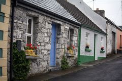 A borda da estrada irlandesa Fotografia de Stock