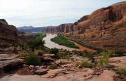 Borda de Moab acima do rio de Colorado Imagens de Stock