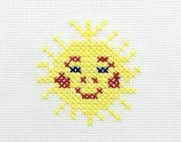 Bordado da imagem do sol Fotos de Stock Royalty Free