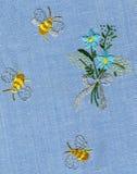 Bordado de la abeja Fotos de archivo libres de regalías