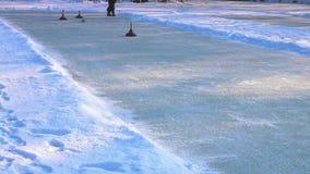 bordage dans les alpes outre de l'Autriche L'hiver banque de vidéos