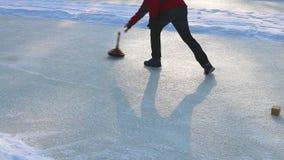 bordage dans les alpes outre de l'Autriche Sport d'hiver banque de vidéos