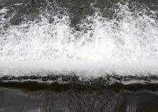 Borde de la cascada Foto de archivo libre de regalías