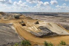 Borde de la explotación minera a cielo abierto imagenes de archivo