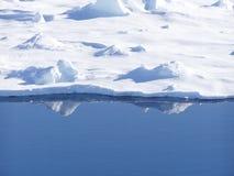 Borde del hielo Fotos de archivo libres de regalías
