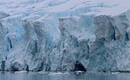 Borde del ` s del glaciar - la Antártida Imagen de archivo